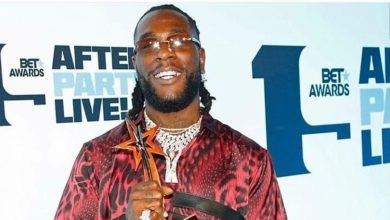 Photo of The main reason Burna Boy's mum picked his BET Award