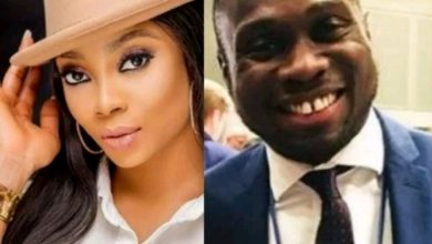 Photo of Oma Akatugba cautions Toke Makinwa against thinking she is the one to give marriage a second chance