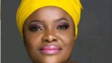 Photo of Only women with low self-esteem undergo cosmetic surgery – Gospel singer