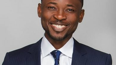 Photo of Omojuwa accused of attacking critics on Twitter by reporting them to their boss