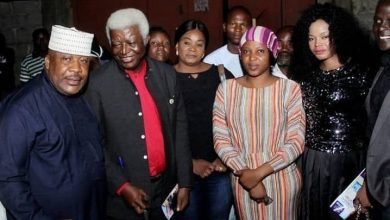 Photo of Nollywood icons storm Abuja to support actress who lost her father