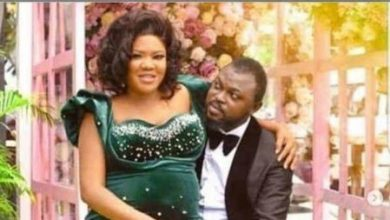 Photo of Toyin Abraham reacts as fans hold  baby's naming ceremony in Lagos, London