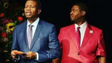 Photo of Pastor Adeboye celebrates as wife graduates from Bible college