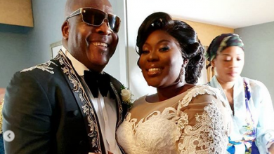 Photo of Commotion as Shina Peters falls while dancing at daughter's wedding (photos, videos)