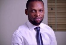 Photo of Reactions as authorities threaten to arrest Fisayo Soyombo, journalist who exposed corruption in prisons and police force