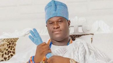 Photo of Why the father of the Ooni of Ife, Prince Oluropo Ogunwusi rarely sees him