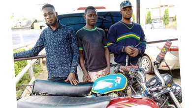 Photo of Man steals his in-law's police uniform for robbery