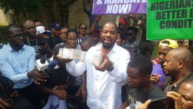 Photo of Japhet Omojuwa slams Deji Adeyanju for claiming he was given N1million not to protest