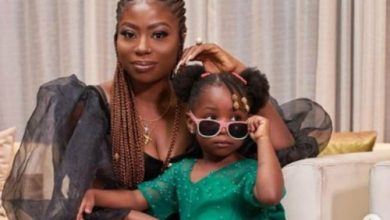 Photo of Sophia Momodu reveals how her former assistant stole Davido's daughter's passport