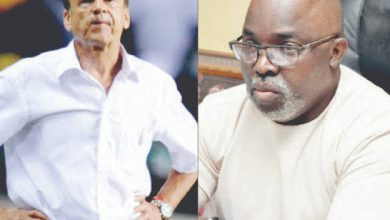 Photo of Amaju Pinnick lists conditions before Gernot Rohr gets new contract