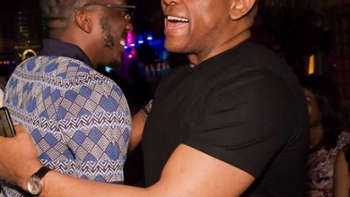 Photo of Billionaire Tony Elumelu saves Bovi from embarrassment in a club