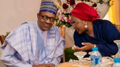 Photo of Nigerians mock Buhari as he celebrates 30th wedding anniversary with Aisha