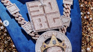 Photo of Davido spends N150million on a new piece of jewelry