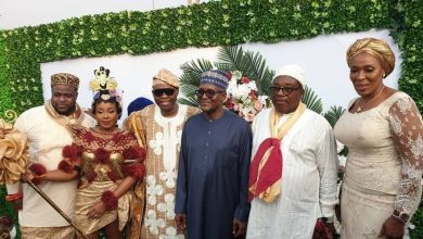 Photo of Dangote celebrates with the Adelekes as they marry Calabar bride (Photos)