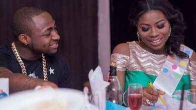 Photo of Davido shows Sophia Momodu love, takes her on vacation to Ghana (Photos)