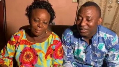 Photo of Sowore's mum sends urgent message to Aisha Buhari after the revelation of 'no pillow' talk in Aso rock