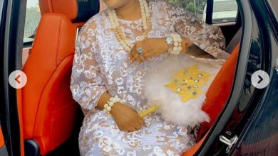 Photo of Tayo Sobola looks stunning as she shares photos from the installation of the Mayegun of Yorubaland