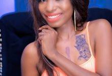 Photo of Tanzanian singer, Hawa reveals why she drew tattoo of Diamond Platnumz on her bust