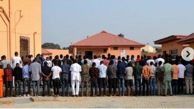 Photo of Nigerian youths slam EFCC for arresting 89 Yahoo boys