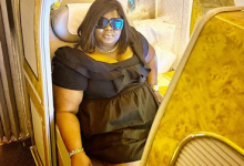 Photo of Eniola Badmus looks for  Funke Akindele's trouble in Dubai hotel (video)
