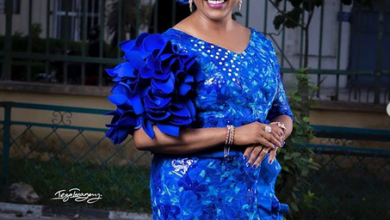 Photo of Sola Kosoko receives epic 40th birthday surprise from Jide Kosoko and sister (photos, video)