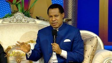 Photo of Pastor Chris Oyakhilome's TV station praises Trump for acknowledging God