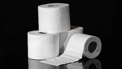 Photo of Nigerian doctor warns against the use of toilet roll to wipe after defaecation