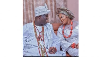 Photo of Source leaks the true story of Ooni of Ife's alleged troubled royal marriage to prophetess Naomi