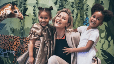 Photo of Mikel Obi celebrates the mother of his twin daughters on Mother's Day