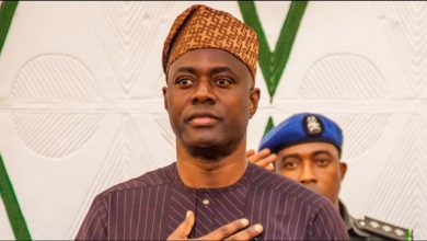 Photo of Governor Seyi Makinde to donate blood for coronavirus research