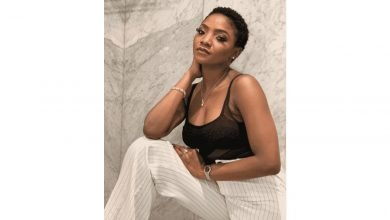 Photo of Coronavirus: Musician, Simi finally shares her opinion on what Federal Government should do