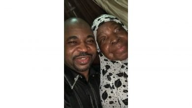 Photo of NURTW boss,MC Oluomo in sorrow as he announces the death of his mother |Details