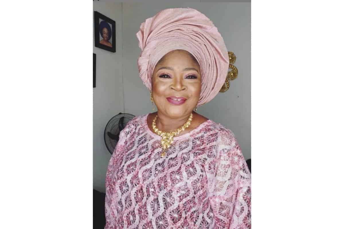 Salawa Abeni releases new pictures