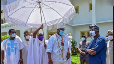 Photo of Ooni of Ife narrowly escapes death (Details)