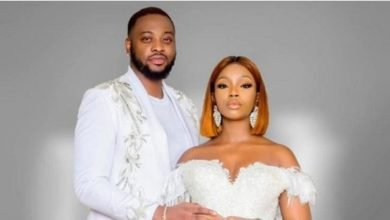 Photo of Teddy A celebrates his wife Bambam as she clocks 31, thanks her for giving him a daughter