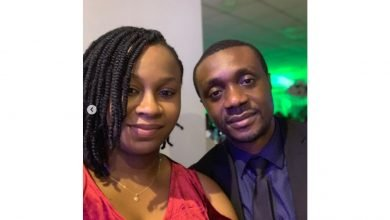 Photo of Nathaniel Bassey and wife mark their 7th wedding in a '5 star restaurant' despite lockdown (photos, video)