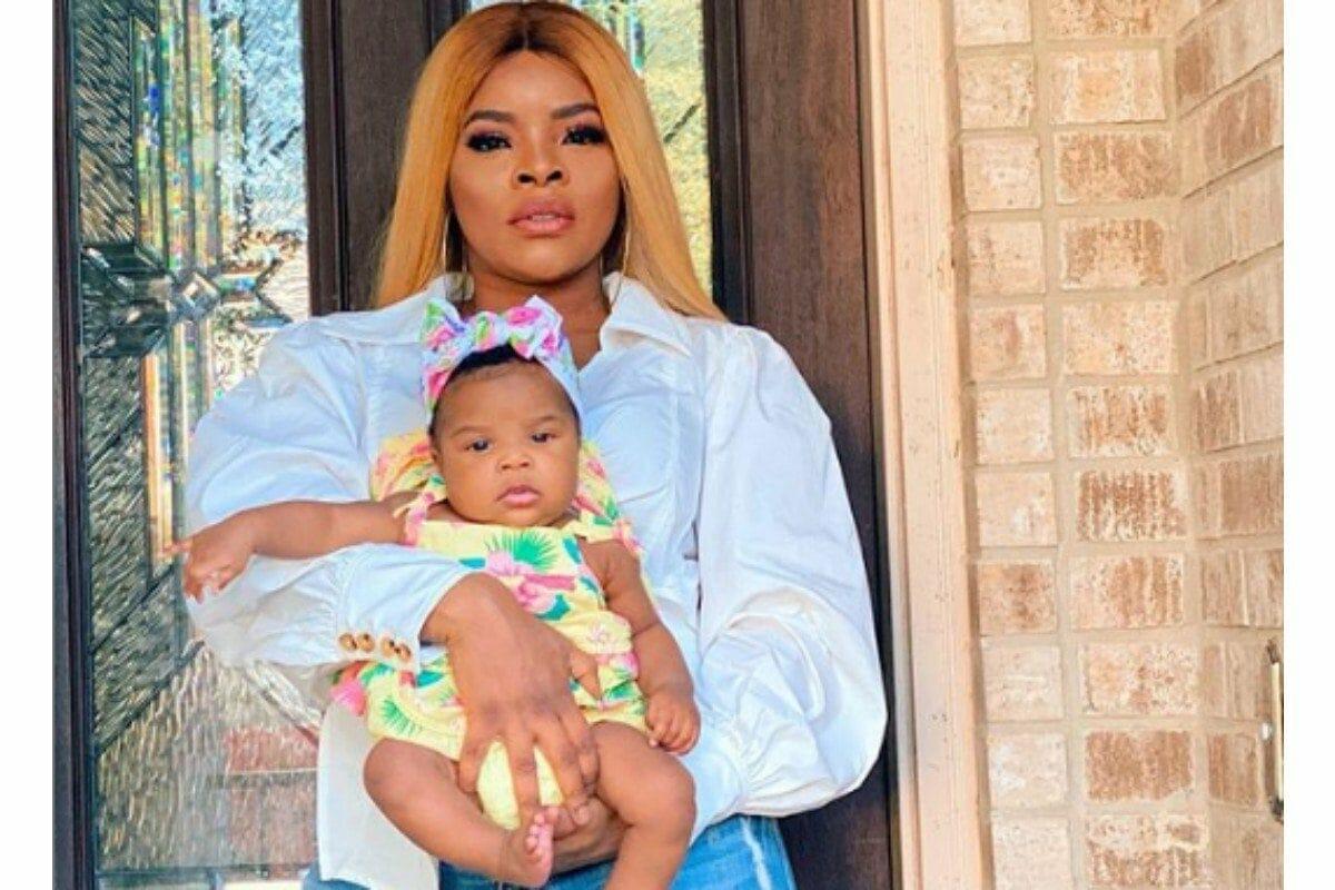 Laura Ikeji falunts her daughter