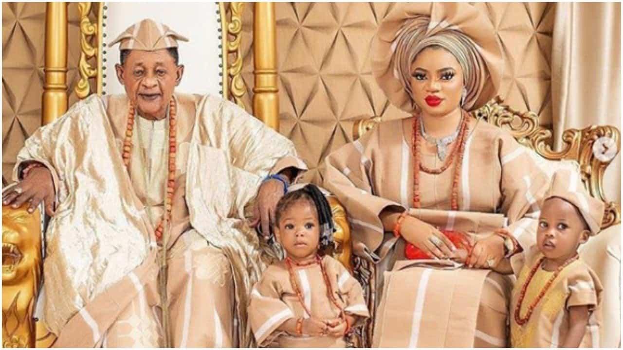 Alaafin of Oyo and Queen Aanu
