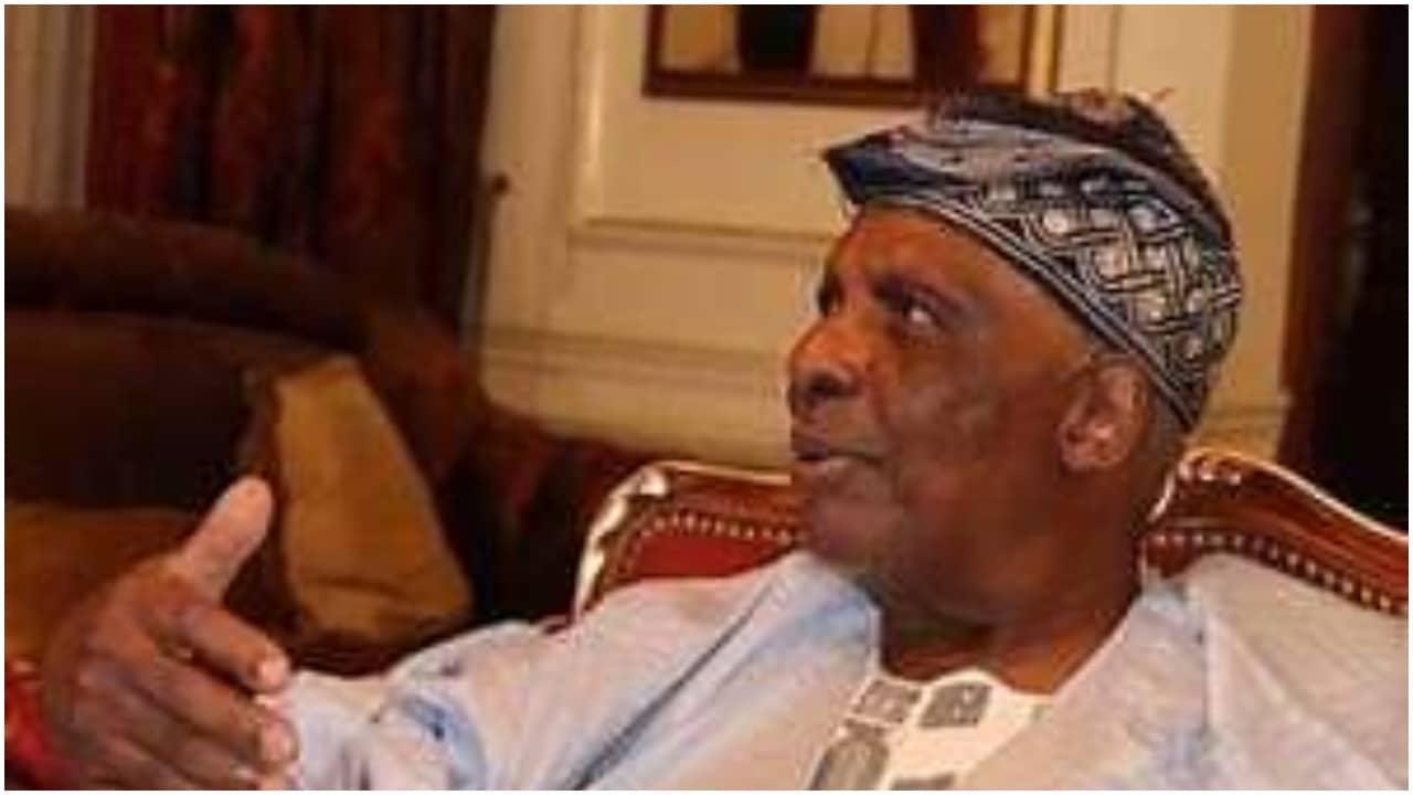Photo of Popular billionaire dies in Ibadan, days after Ajimobi's death