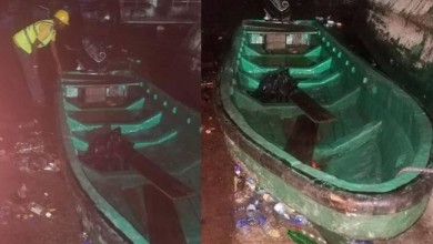Photo of Tragedy averted as boat with 10 passengers capsizes in Lagos (photo)