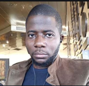 Photo of Nigerian singer, Jeremiah Gyang  mourns as he loses brother