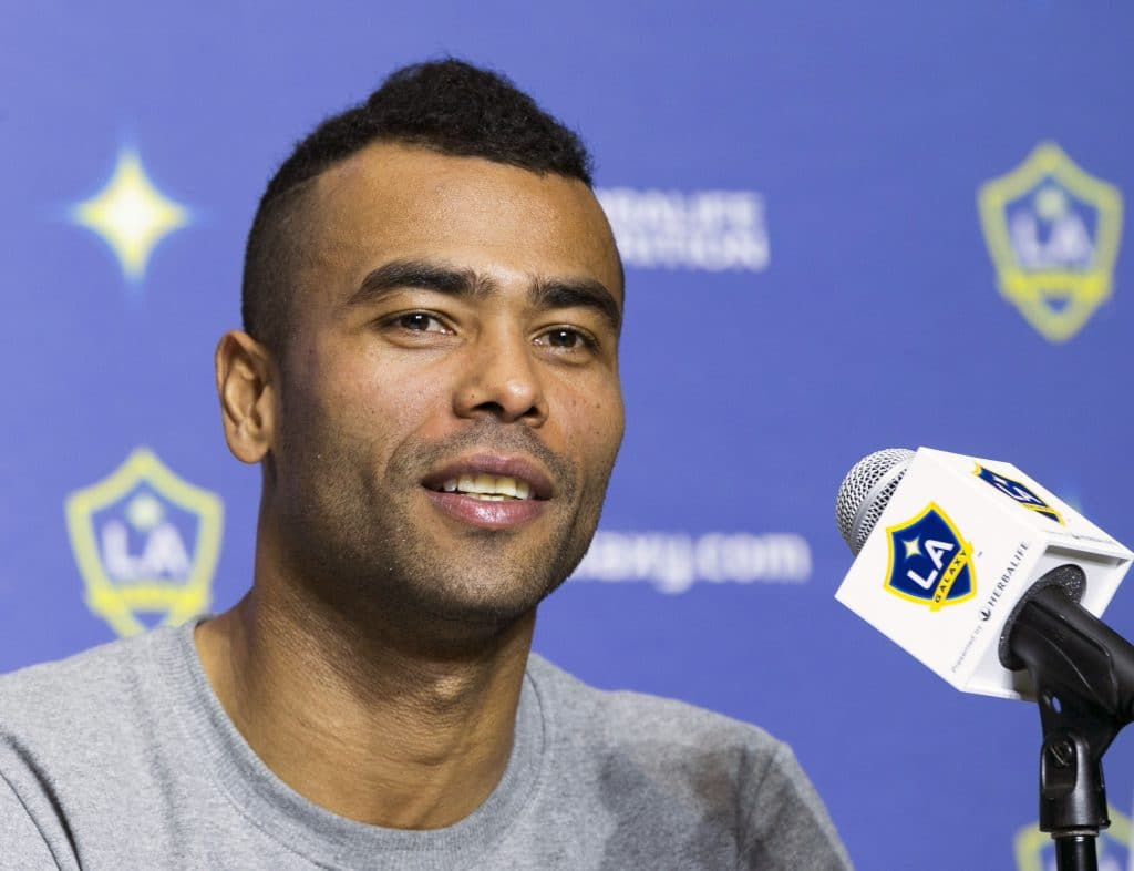 Photo of Ashley Cole Blames one player for Chelsea 3-2 loss to West Ham