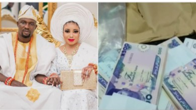 Photo of Lizzy Anjorin brags about getting 10million Naira cash  wedding gift | Video