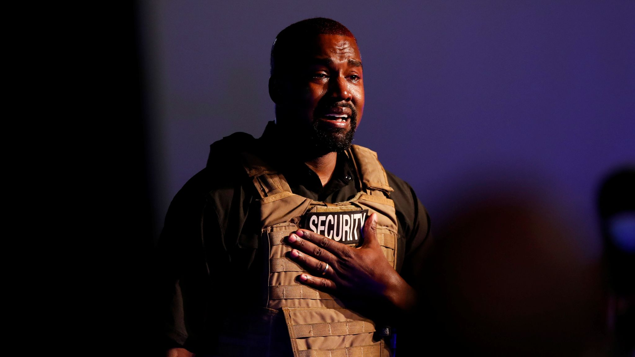 Photo of Kanye West cries at presidential rally, says he was almost aborted