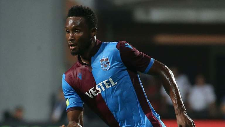 Photo of Trabzonspor fans blame title loss on Mikel's exit