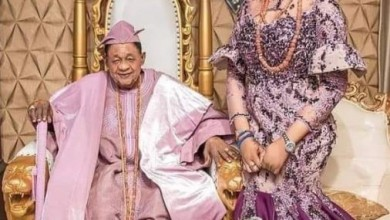 Photo of Alaafin Of Oyo marries a new bride (photo)