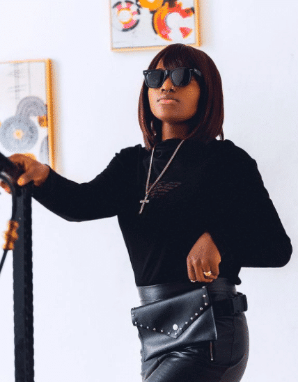 Actress, Bukunmi brags as she shares breath-taking photos of herself