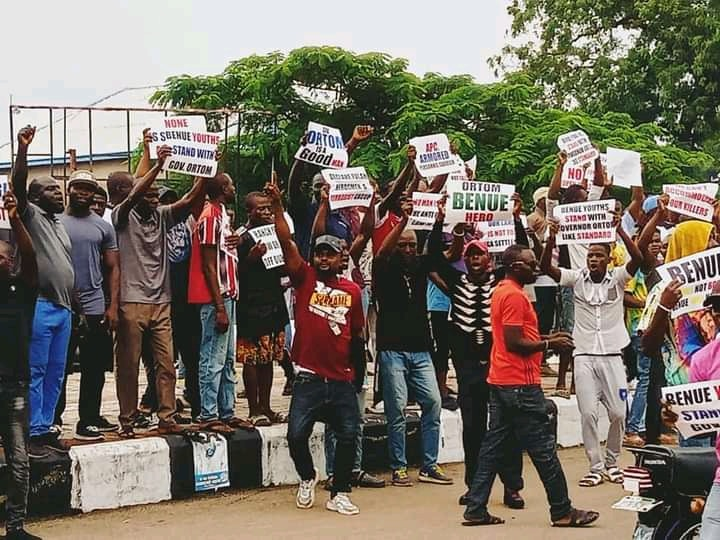 Benue youths hold 5000 man solidarity match for Ortom